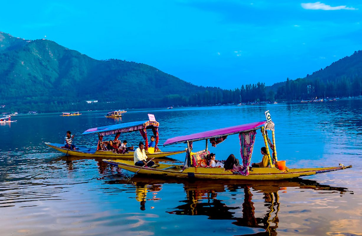 6 Most beautiful boating destinations in India