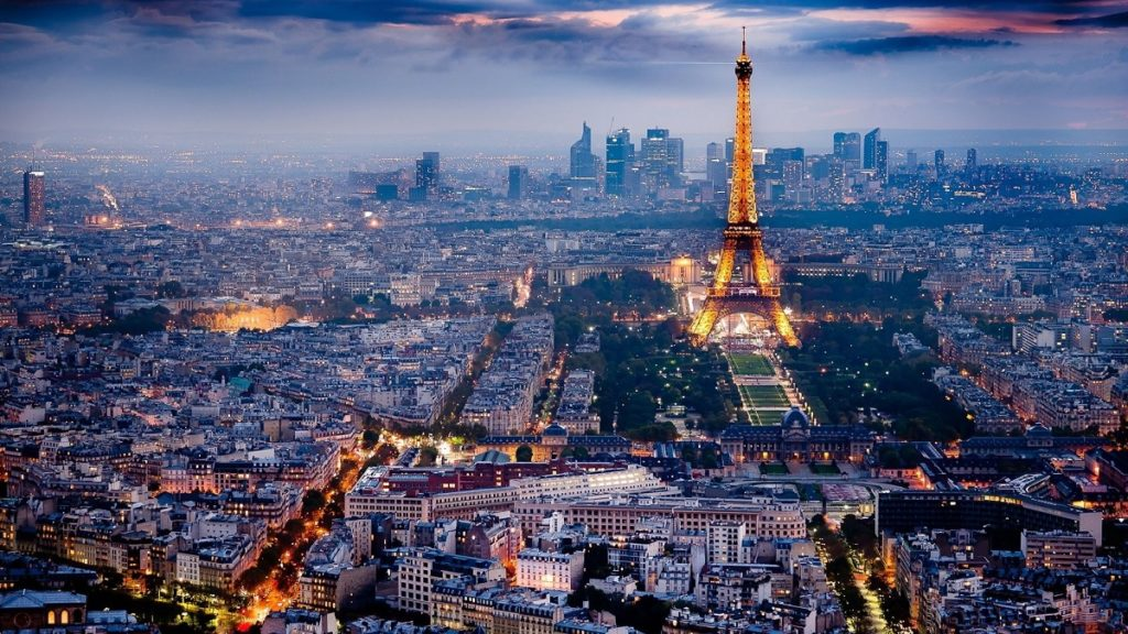 Top 20 things to do in Paris