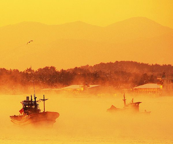 Photograph of the week: Sunrise in Gangneung, South Korea