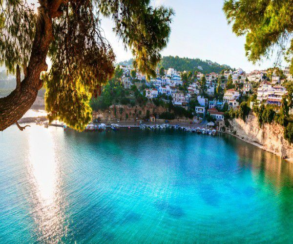 , Idyllic sailing in the Greek Sporades