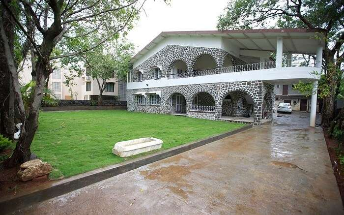 A beautiful lawn view of Eternelle Bungalow in Lonavala