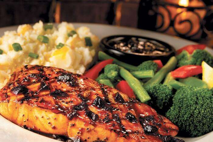 dine at TGI Fridays in hyderabad