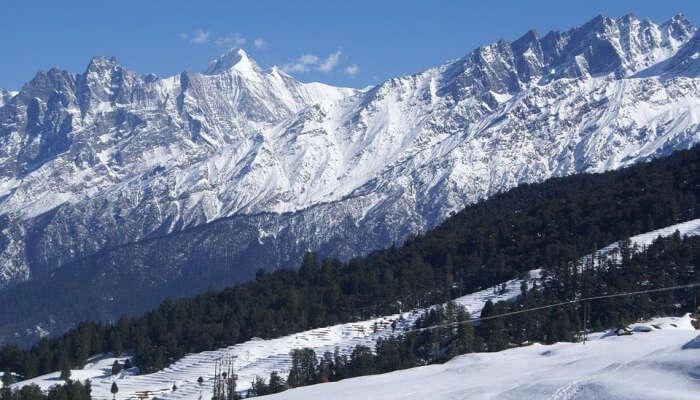 10 Reasons To Visit Auli In Winter That You Cannot Miss In 2021!