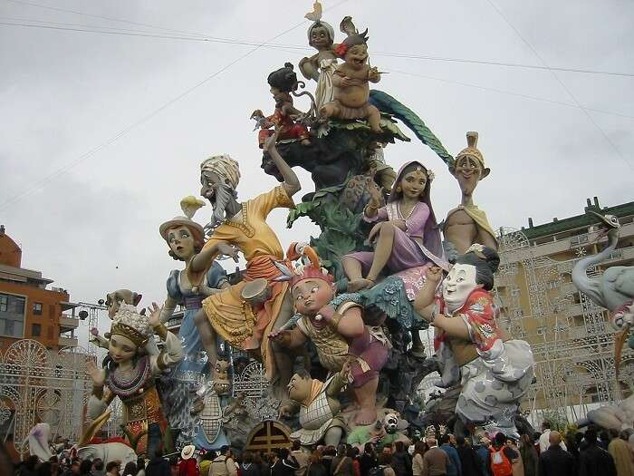 puppet parade in spain
