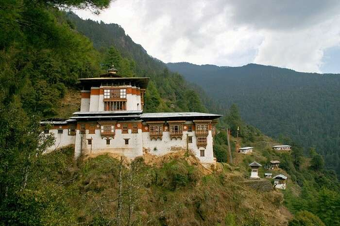 largest collection of literature on Tibetan Buddhism