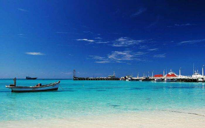 The view of turquoise blue waters at Lakshadweep