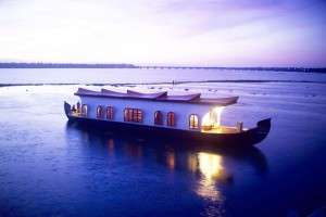 Spend a winter honeymoon on a houseboat in Alleppey